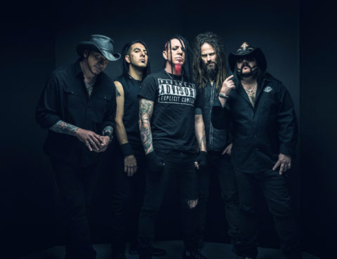 L to R – Rockers Tom Maxwell, Christian Brady, Chad Maxwell, Kyle Sanders and the late Vinnie Paul. (Photo by David Jackson)